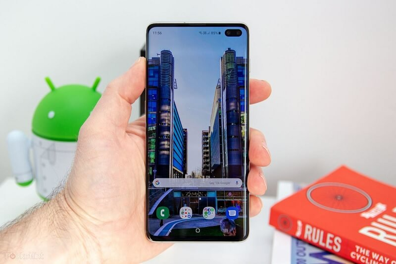 Galaxy S10 Plus handset